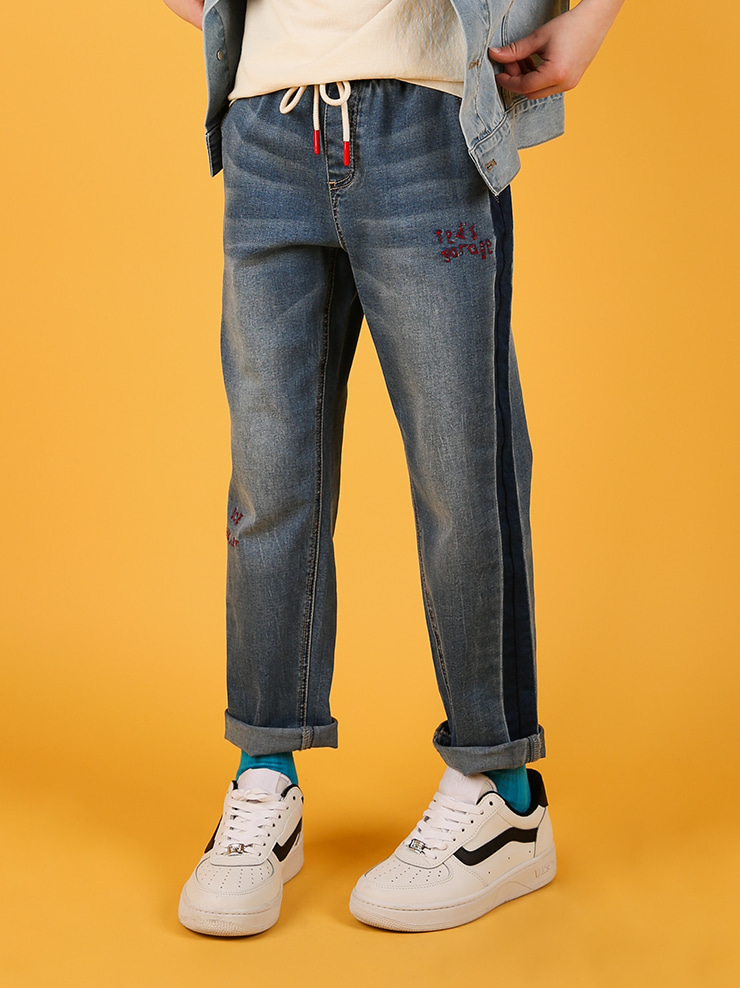 아이스비스킷 - Ted graffiti semi baggy-fit denim pants
